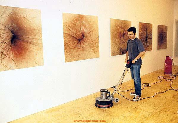 exposicion de arte ojo del culo