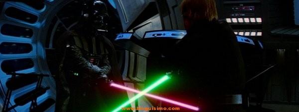 Lucha-con-espadas-laser