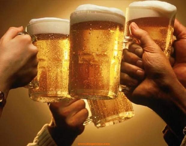 101806_beer_toast_principal