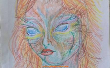 Mujer+realiza+autorretratos+antes+y+después+de+consumir+LSD (3)