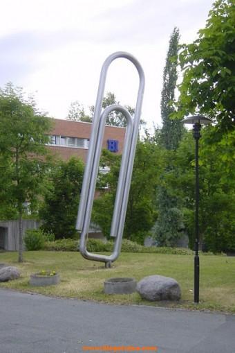 Monumento-Clip