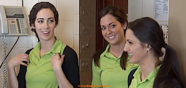 Una mujer dejó 15.000 dólares de propina a estas camareras.