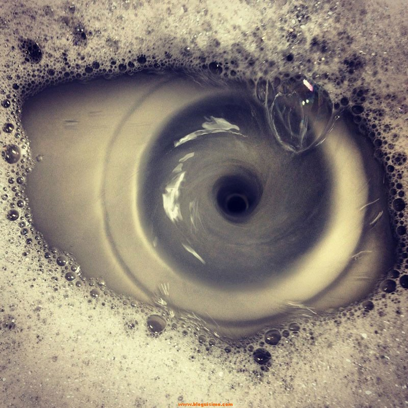 eye-of-the-drain-sink