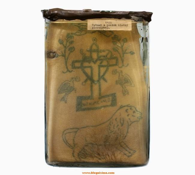 15-tatuajes-de-presos-conservados-en-formol12