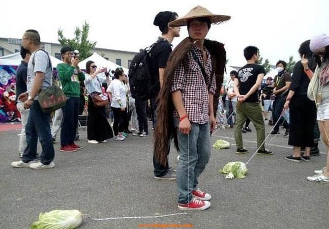 paseando verduras en china