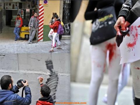 Un colectivo sale a la calle con pantalones blancos manchados de regla 6
