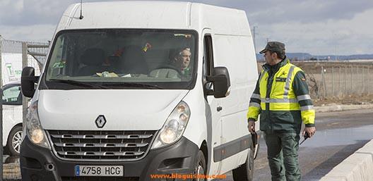 guardia-civil-contro-furgonetas