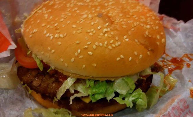 Las 7 cosas más asquerosas halladas en comida de Mc Donald's 7