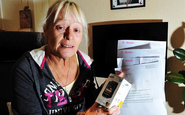 Logra cancelar el contrato del móvil tras mostrar en la tienda las cenizas del marido
