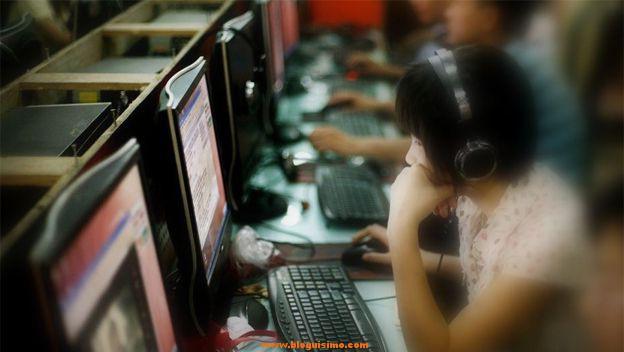 Diez años desaparecida y es encontrada jugando en un cibercafé